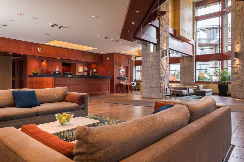 Whistler/Crystal Lodge/Lobby