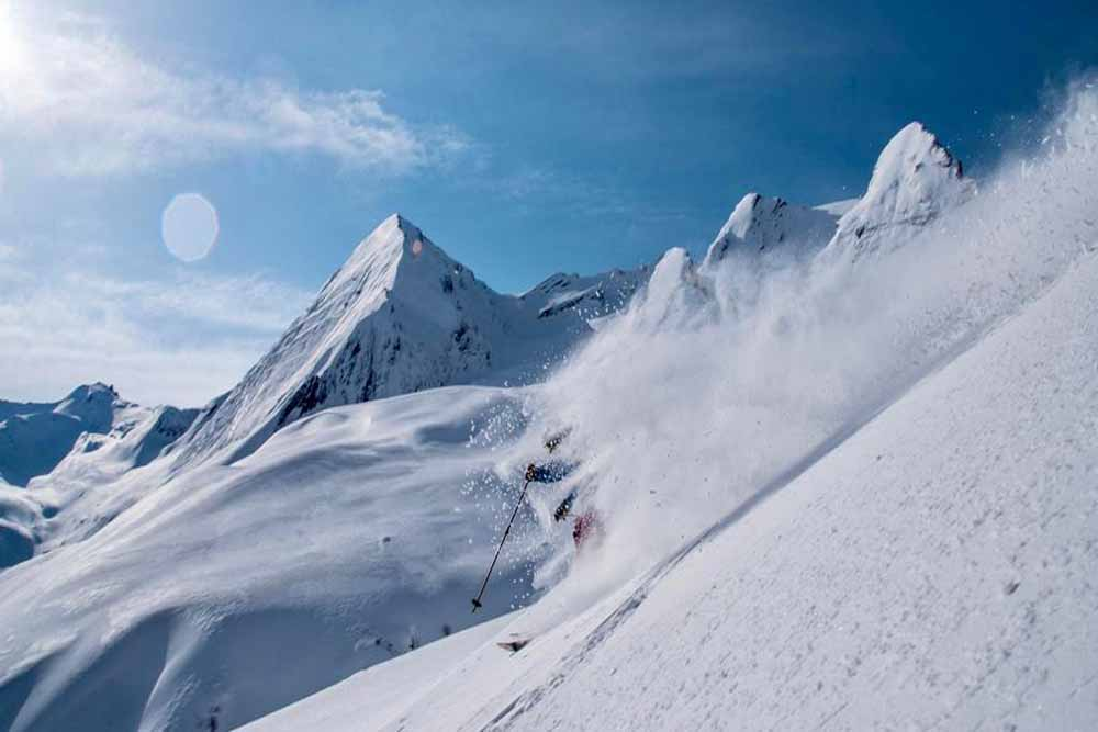 Georgien/Wucher/Heliskiing/Powderday