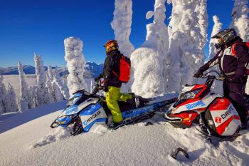 Revelstoke/Snowmobiling/Great Canadian/Fun